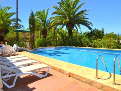 Location villa  piscine WB INE 10