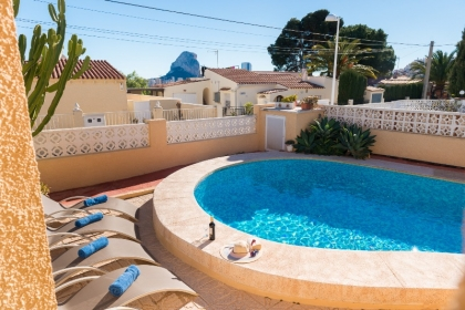Location villa  piscine OL VAZ 4