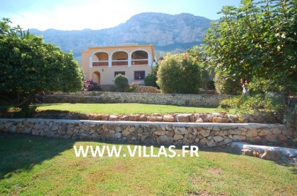 Location villa  piscine AS ANGE 13
