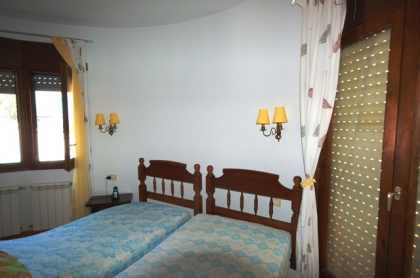 Location villa  piscine GX OLGADA 16