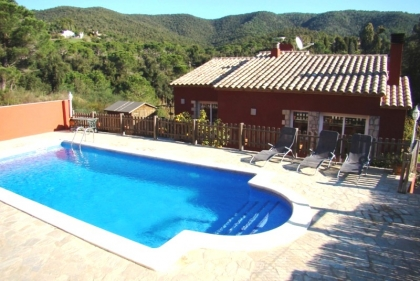 Location villa  piscine CV ESCA 5