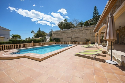 Rental villa  swimming-pool OL NOANA 5
