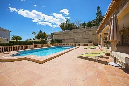 Rental villa  swimming-pool OL NOANA 11