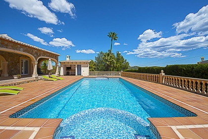 Rental villa  swimming-pool OL NOANA 2