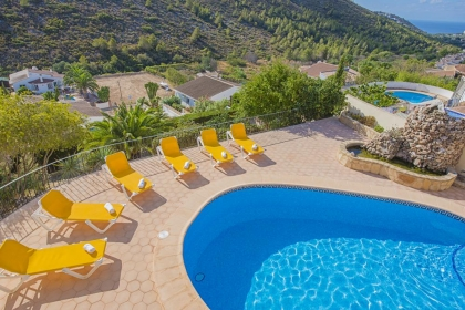 Location villa  piscine OL CLAUDI 5