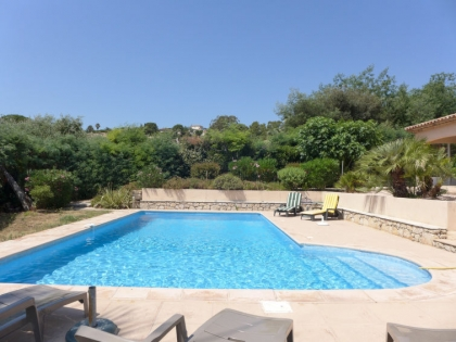 Location villa  piscine 709FRA-017 7
