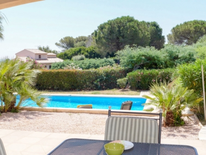 Location villa  piscine 709FRA-017 8