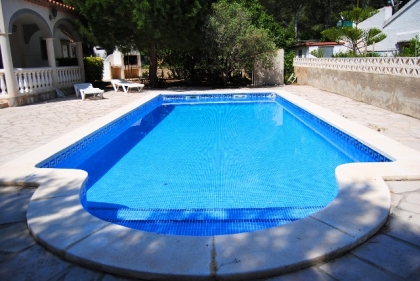 Location villa  piscine DV NID 6