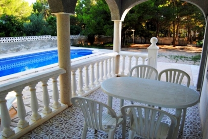 Location villa  piscine DV NID 10