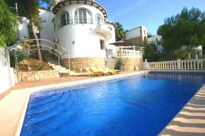 Location villa  piscine GG15 6