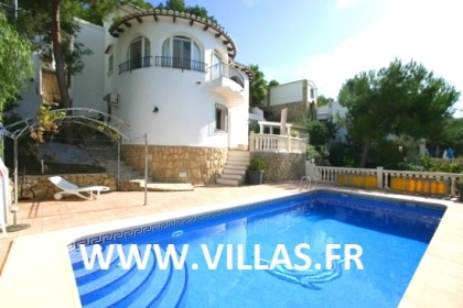 Location villa  piscine GG15 1