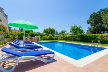Location villa  piscine CV ORLA 13