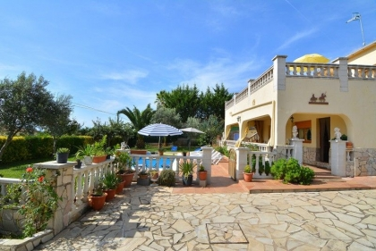 Location villa  piscine CV ORLA 17