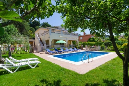 Location villa  piscine CV ORLA 1