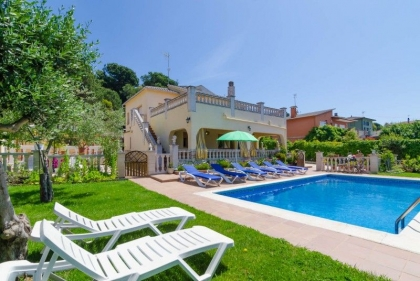 Location villa  piscine CV ORLA 11