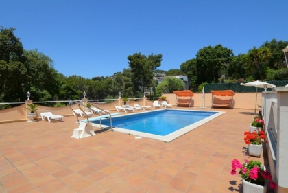 Location villa  piscine CV LARO 6