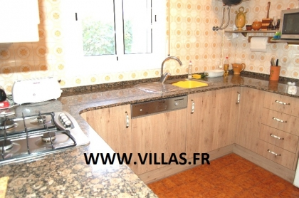 Location villa  piscine CP CARMALLA 16