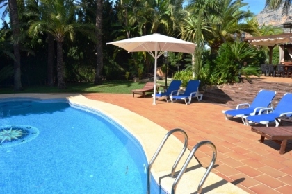 Location villa  piscine WB ALMEN 3