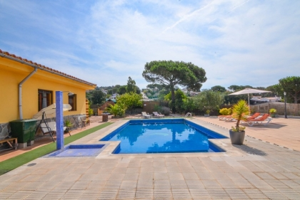 Location villa  piscine CV FERNA 5