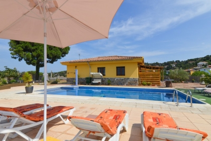 Location villa  piscine CV FERNA 1