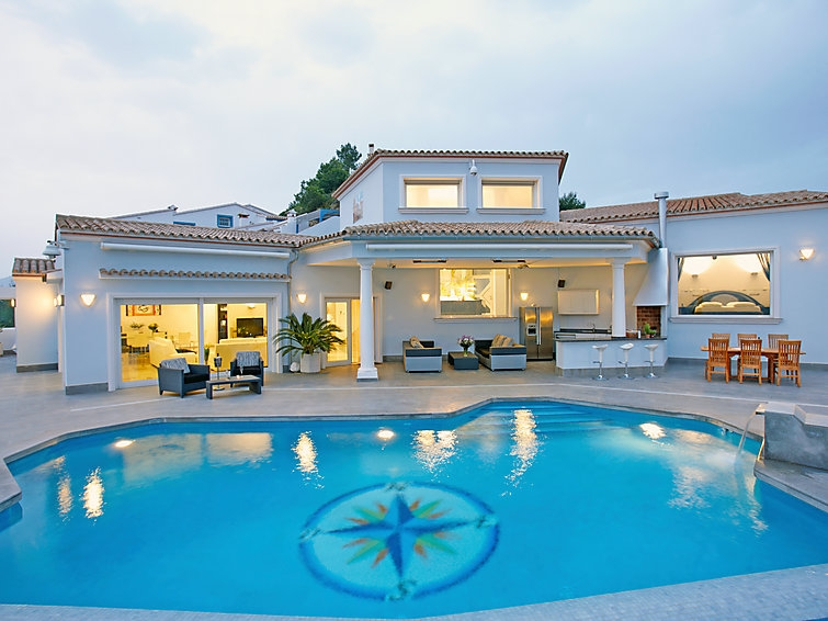 Location villa piscine moraira 8 personnes 709blan 152 for France piscine