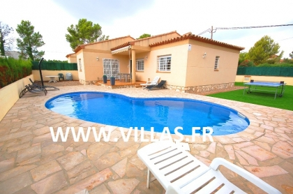 Location villa  piscine DV LEY 1