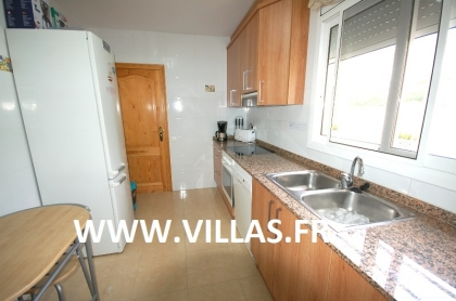 Location villa  piscine DV LEY 18