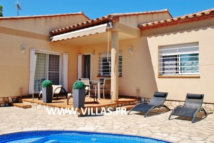 Location villa  piscine DV LEY 5