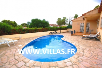 Location villa  piscine DV LEY 7