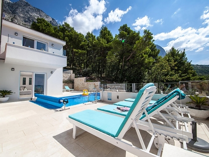 Location villa  piscine 709CRO-010 14