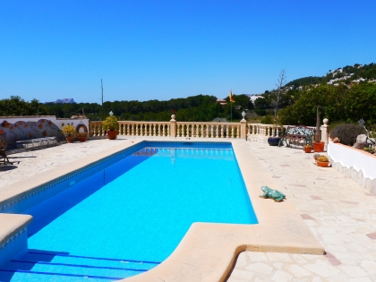 Location villa  piscine VM FLO 8