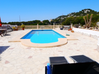 Location villa  piscine VM FLO 9