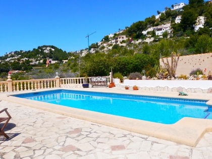 Location villa  piscine VM FLO 13