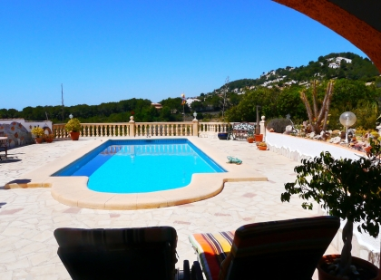 Location villa  piscine VM FLO 12