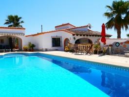 Perfect Rentals Villa VM FLO. U003e