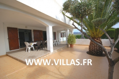 Location villa  piscine GX DORA 10