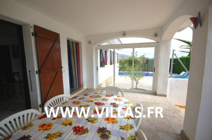 Location villa  piscine GX DORA 11