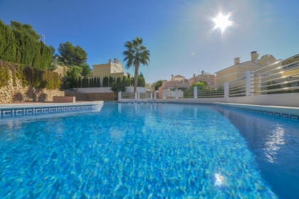 Location villa  piscine OL ROSANA 3