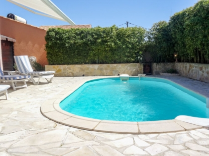 Location villa  piscine 709FRA-112 5