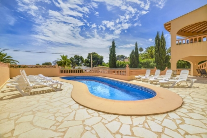 Location villa  piscine OL NAVA 5