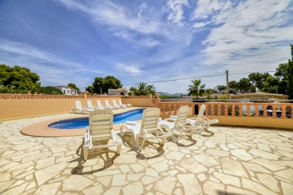 Location villa  piscine OL NAVA 6