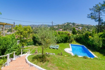 Location villa  piscine CV CAMA 12