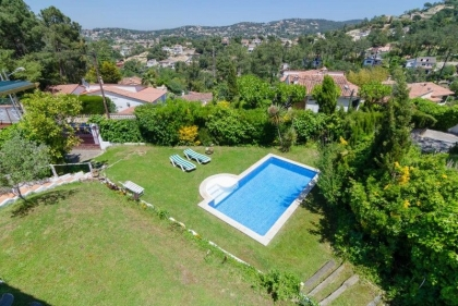 Location villa  piscine CV CAMA 6