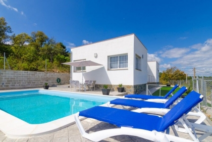 Location villa  piscine CV MAX 3