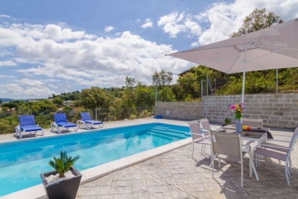 Location villa  piscine CV MAX 11
