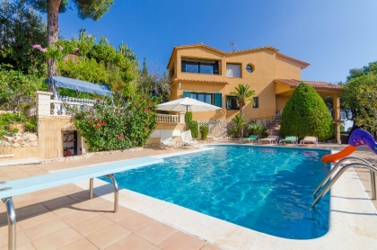 Location villa  piscine CV MORA 3