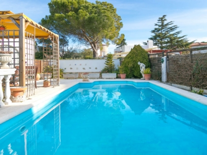 Location villa  piscine 709BRA-030 4