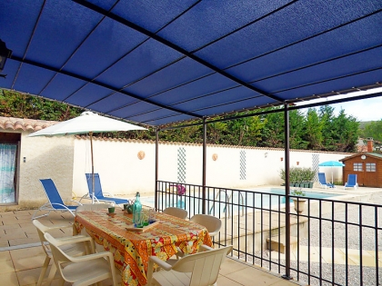 Location villa  piscine 709FRA-012 1