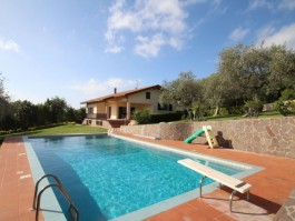 Location villa 709IT-035