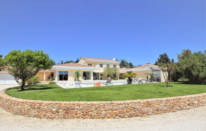 Location villa  piscine FPD-ROB205 11